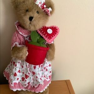 """Boyds Bears """"Valerie Bloominlove """" The month Feb"""